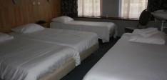 Vierpersoonskamer (€130,-)